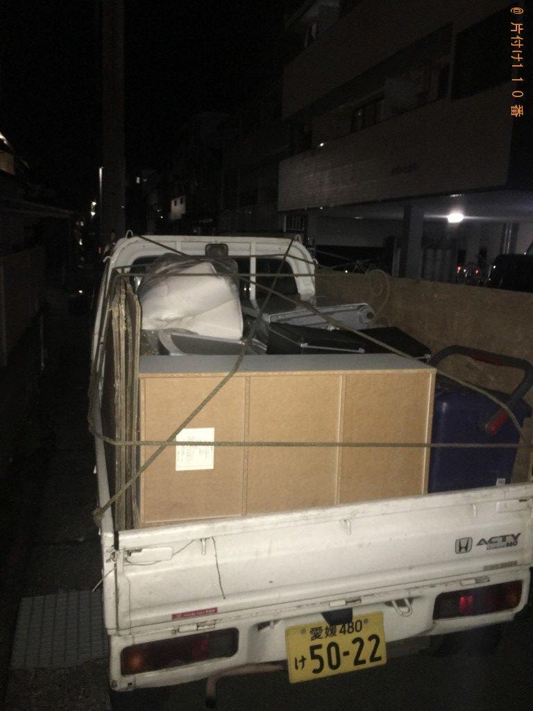 【高知市】カラーボックス、布団、分別なし衣類の回収・処分ご依頼