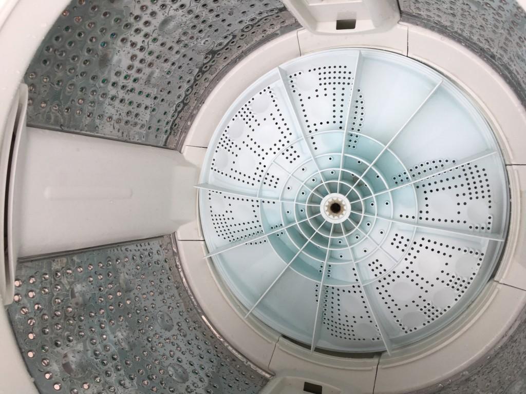 【高知市】洗濯機のクリーニング☆カビ汚れも真っ白に清掃でき、お喜びいただけました!
