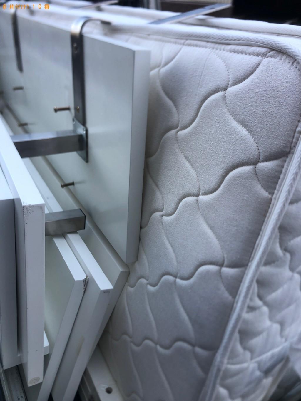 【高知市】クイーンサイズベッド、ベッドマットレスの回収・処分